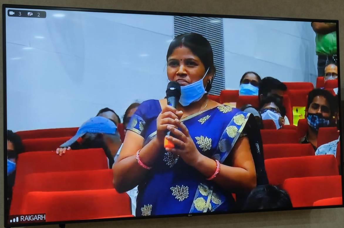 रायपुर: मोबाइल मेडिकल यूनिट से घरों के नजदीक मिल रही है इलाज की सुविधा