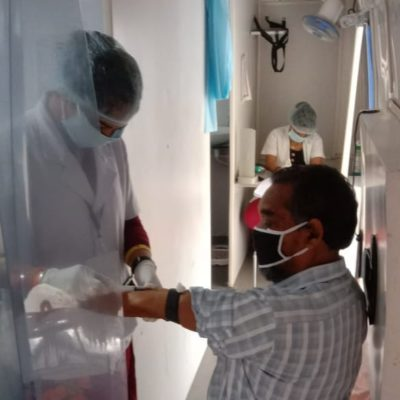 धमतरी ;  कोरोना काल में वरदान साबित हुई मुख्यमंत्री स्लम स्वास्थ्य योजना की मोबाइल मेडिकल यूनिट